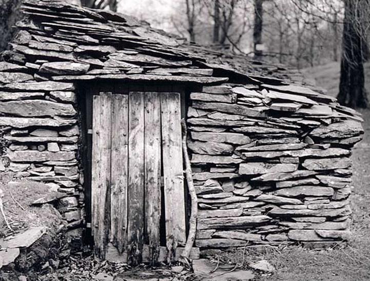 stone.wood.buildings-01